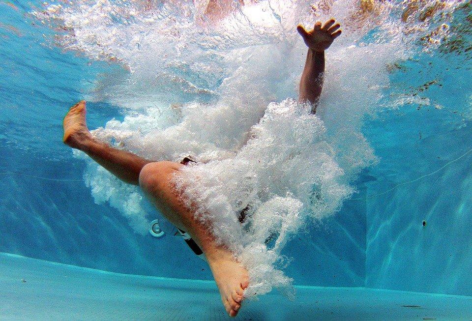 Смысл фразеологизма «как в воду опущенный»